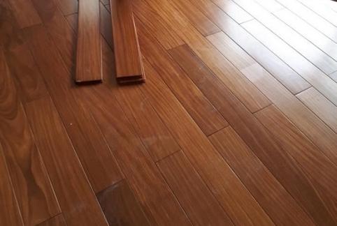 Hoàn thiện sàn gỗ tự nhiên